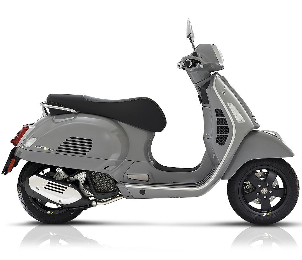 Vespa GTS 125 Super Tech Euro 5 Nardo Grey